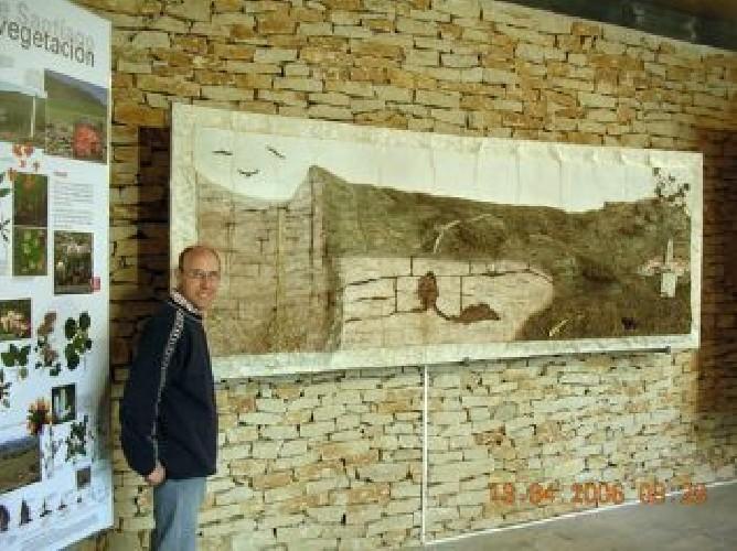 MURAL NACIMIENTO DEL RÍO NERVIÓN Mural Nacimiento del río Nervión 6 m2. Representa todo el karst de Monte Santiago (en el nacimiento del río Nervión)